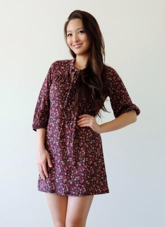 sensible stylista blogger bag floral dress mini dress mid sleeves