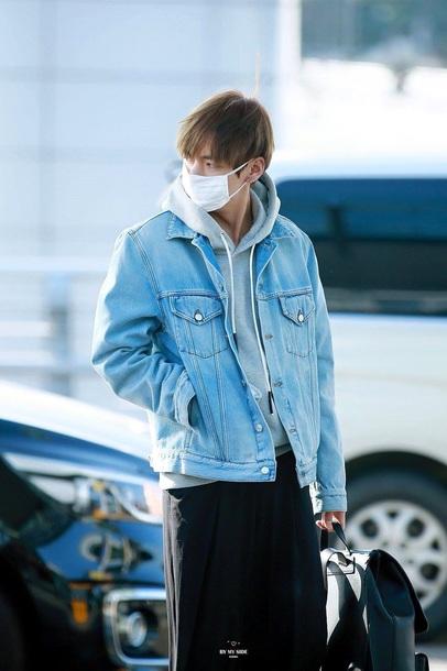 jacket jeans denim jacket kim taehyung bts bangtan btsv taehyung taehyung jacket blue jeans jacket blue