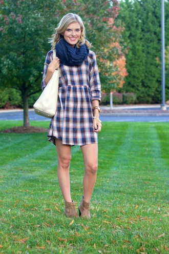 life with emily blogger scarf bag jewels checkered dress