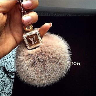 beautifull assessories louis vuitton keychain