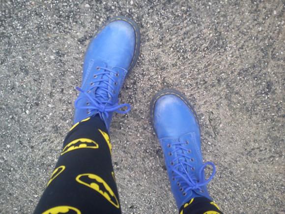 shoes DrMartens purple tights dr.martins