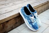 shoes,vans,acid wash,denim,acid wash vans,denim acid era,blu