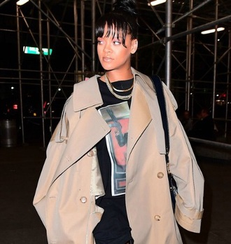 jewels jewelry gold gold jewelry gold necklace gold chain layered necklace rihanna rihanna style rihanna jewelry celebrity style celebstyle for less celebrity
