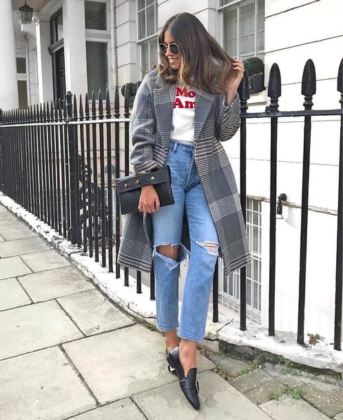 coat tumblr grey coat plaid plaid coat denim jeans blue jeans ripped jeans shoes black shoes bag