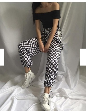pants girly black black and white checkered checkered pants tumblr joggers