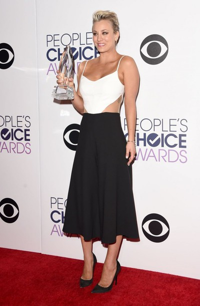 kaley cuoco black and white dress cut-out dress