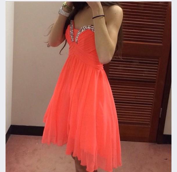 dress orange dress coarl pls help me guys