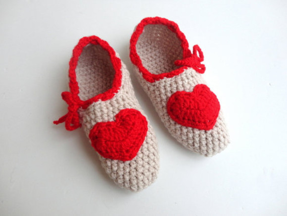 shoes beige shoes slippers women slippers gift for her moms gift for her heart mums gift for mum mothers day red