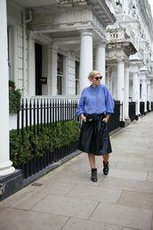 skirt,midi skirt,leather skirt,sweater,studded shoes,oversized sweater,crossbody bag,blogger,blogger style