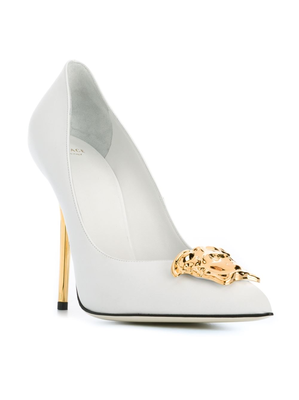 3663d9c77337 Versace Medusa Pumps - Elite - Farfetch.com