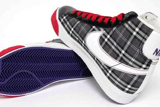 shoes black and white nike nike blazers blazer tartan red lace red sole red sole shoes