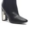 Chic bootie with metal plate
