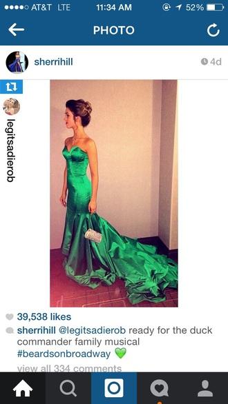 dress green cute love neckline green dress sheri hill long prom dress long dress sweeatheart