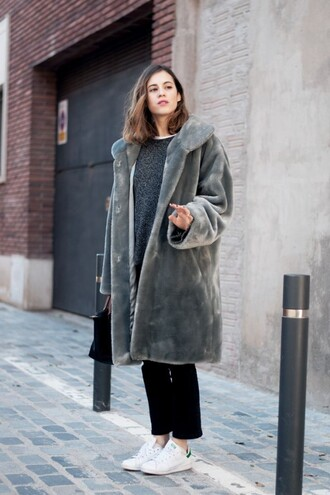 coat grey fur coat grey sweater black trousers white sneakers blogger