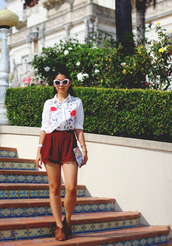 honey and silk,shirt,shorts,shoes,jewels,embroidered shirt