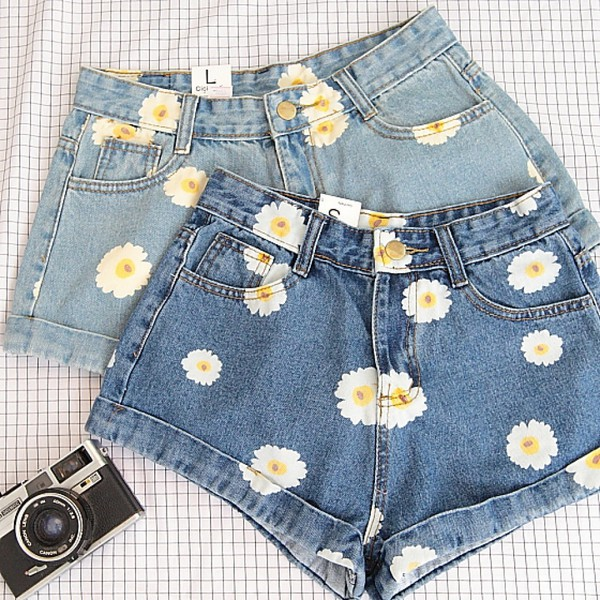 Shorts: blue, jeans, denim, fashion, summer, cute, girly, daisy ...