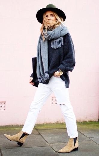 scarf blue dress