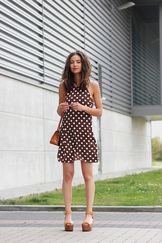 mode d'amour blogger dress polka dots wedge sandals