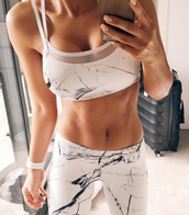 top,sports bra,leggings,activewear,workout,marble,workout leggings,sports shoes,sportswear,pants,gym clothes,gym,gym bunny,gym shorts,gym leggings,fitness gym,sports leggings,white,fitness,fitness pants,set,white top,boustier,marble bra,bra,bralette,white marble,black top
