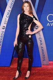 pants,sequins,jumpsuit,black,pumps,michelle monaghan,asymmetrical,top,cma awards