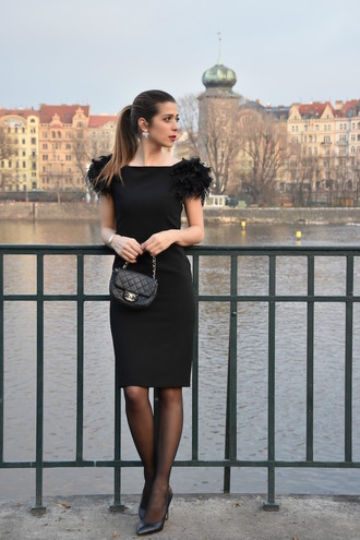 cosamimetto blogger dress jewels bag shoes cocktail dress black dress chanel bag high heel pumps