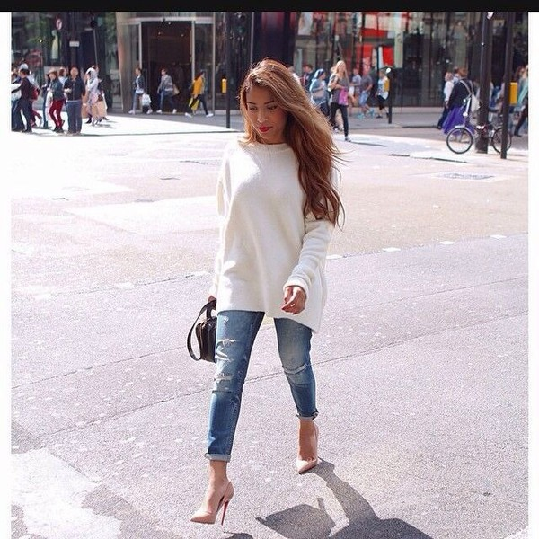 Sweater classy fall outfits jeans boyfriend jeans ...