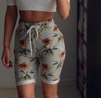pants jeans shirt shorts floral sweats high waisted capris high waisted shorts flowered shorts boyshorts summer flowers short sweatpants sweatshort sweatshorts tumblr shorts tumblr