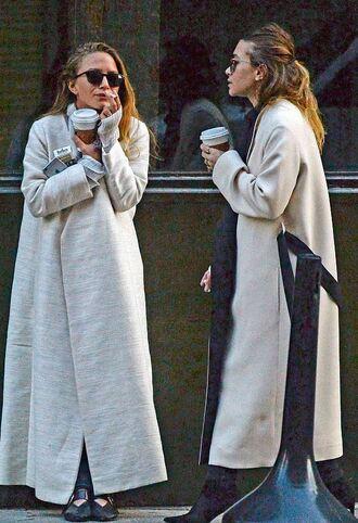 coat mary kate olsen ashley olsen fall coat fall outfits