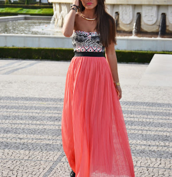 Coral Maxi Skirt - Shop for Coral Maxi Skirt on Wheretoget