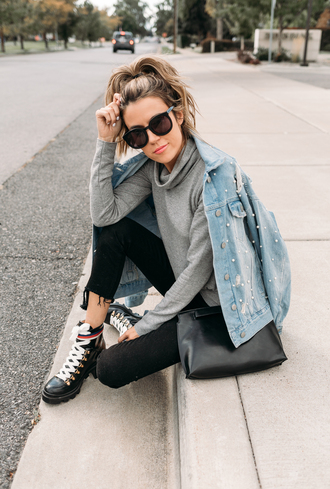 hello fashion blogger shoes jacket