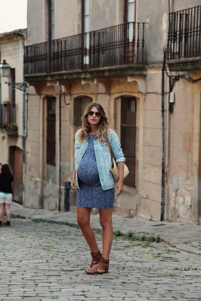 my daily style blogger jacket shoes jewels maternity