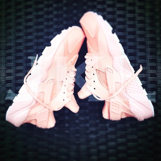 shoes huarache huarache rosa nike nike shoes nike huarache petal pink pink women