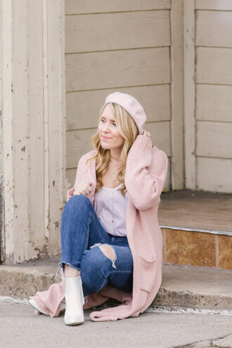 pearls&twirl blogger tank top jeans shoes beret pink cardigan ankle boots winter outfits