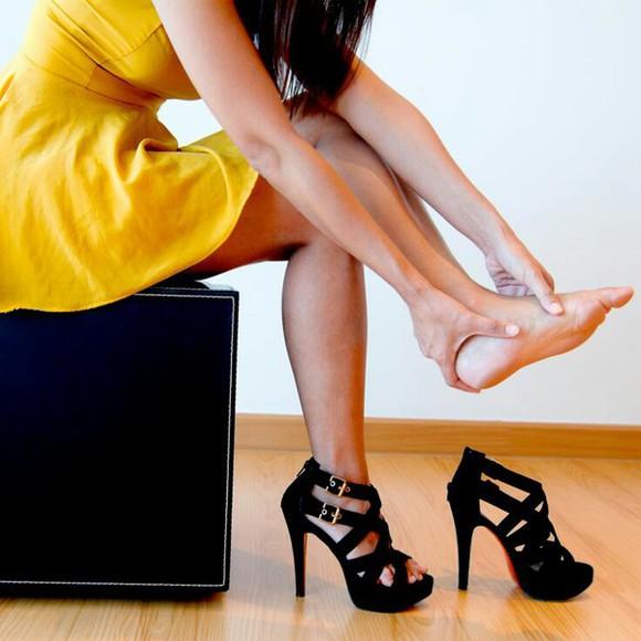 shoes high heels black high heels black heels