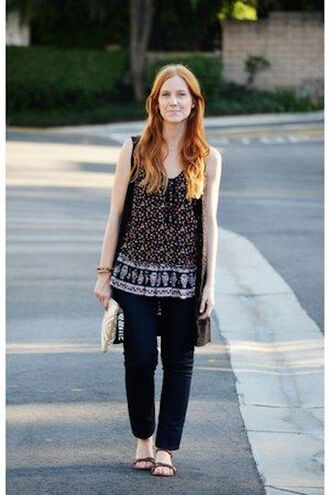 top tunic red hair ginger hair casual sleeveless smock black patterned loose fit streetstyle