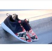 shoes,nike,nike roshe run,flowers,special design,black,nike roshe run flower,roshe runs,floral,sneakers