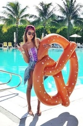 home accessory,cool,cute,summer,pool party,beach,pool pretzel,free vibrationz