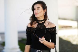 ilirida krasniqi blogger black bra lace bra lace bralette off the shoulder off the shoulder top black top date outfit