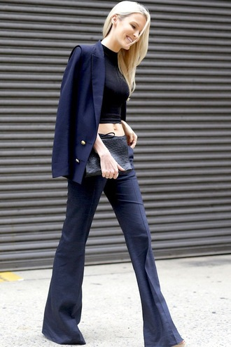 le fashion blogger tank top bag blue pants blazer black top crop tops clutch wide-leg pants