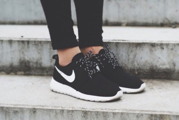 shoes roshe runs