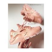 shoes,jklrosegold,rose gold,rosegold_,rose gold huraches,huarache,nike,ombre nike huarache bllack,pink,huarache rosa,fashion,streerwear,streetwear,streetstyle,artist.,nike running shoes,nike shoes,nike air,nike roshe run,nike sneakers,sneakers,pink sneakers,pastel sneakers,women,nike shoes womens roshe runs,jklcustoms