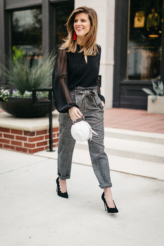 brighton the day blog | dallas fashion blog blogger pants blouse shoes bag jewels fall outfits black blouse grey pants pumps