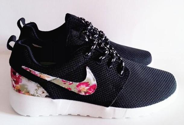 reputable site 2efce ce24d shoes nike roshe run floral black nike roshe run floral http   www.