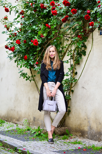 a cup of style blogger leather bag