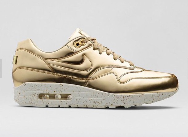 best sneakers 8cbda 19df3 ... 1 sp liquid metal. nikes offerings for the fairer sex czech gold nike  air max liquid gold c6d50 ce0d0 ...
