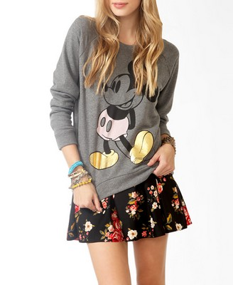 Contrast mickey mouse pullover