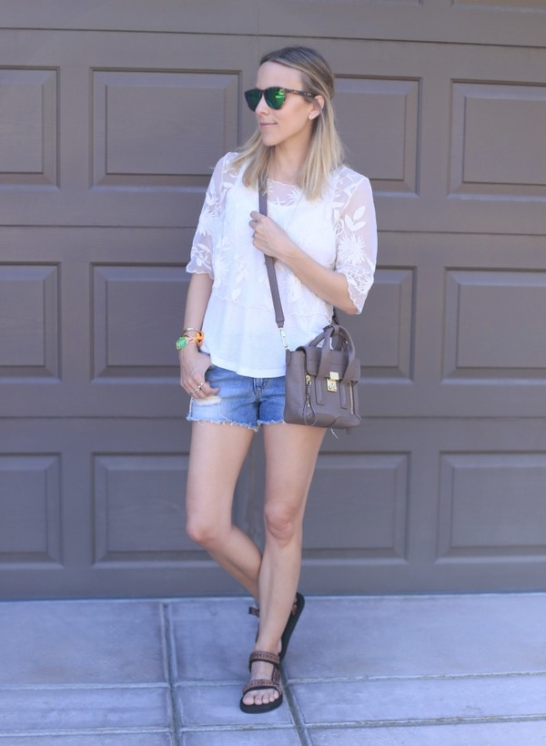 damsel in dior jewels t-shirt jeans shorts bag