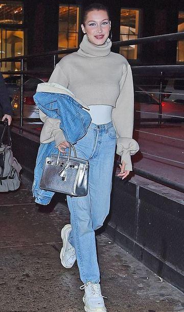 sweater turtleneck turtleneck sweater cropped sweater jeans sneakers bella hadid model off-duty streetstyle