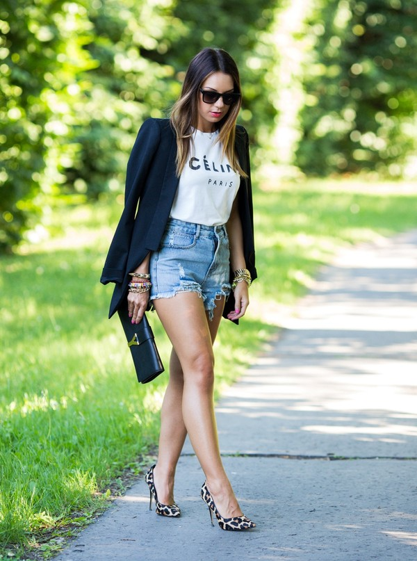 cashmere in style jacket t-shirt shorts shoes bag sunglasses jewels