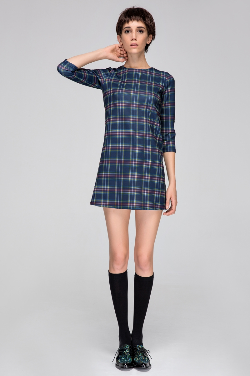 Stretchy dress in tartan